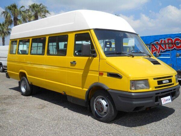 IVECO DAILY 29 POSTI putnički minibus