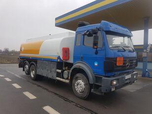 MERCEDES-BENZ SK 2544 (V8 / 6X2 / MANUAL GEARBOX / 18.000 L / 3 COMPARMENTS) autocisterna za gorivo