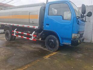 DONGFENG Tank Truck 6 Tons autocisterna za gorivo