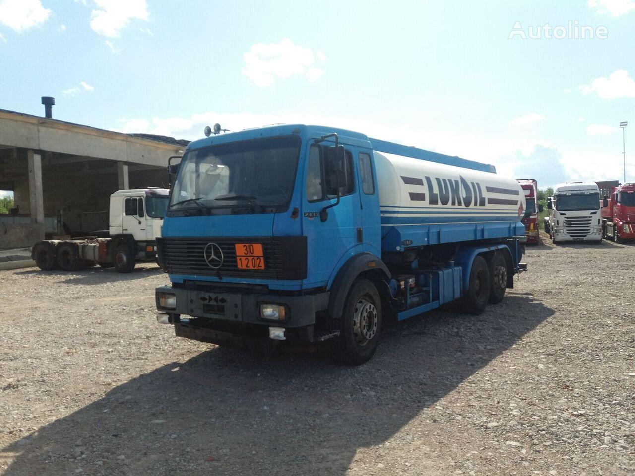MERCEDES-BENZ 2433 autocisterna za gorivo