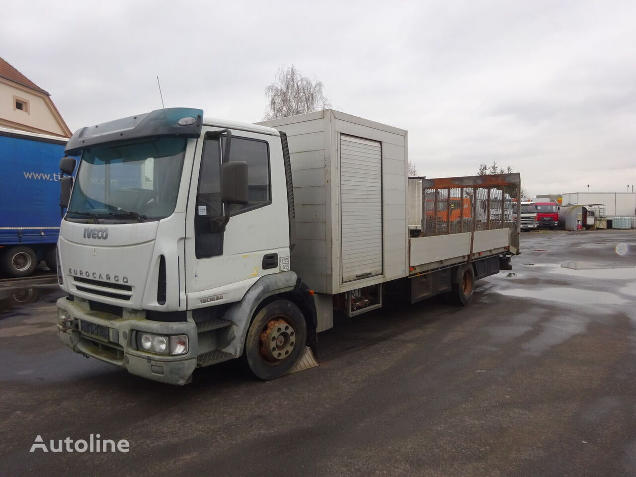 IVECO ML 12E24 autotransporter
