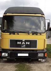 MAN 14.272  izotermni kamion
