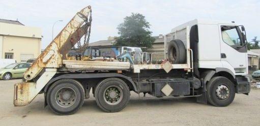 RENAULT 420 .26 kamion autopodizač kontejnera