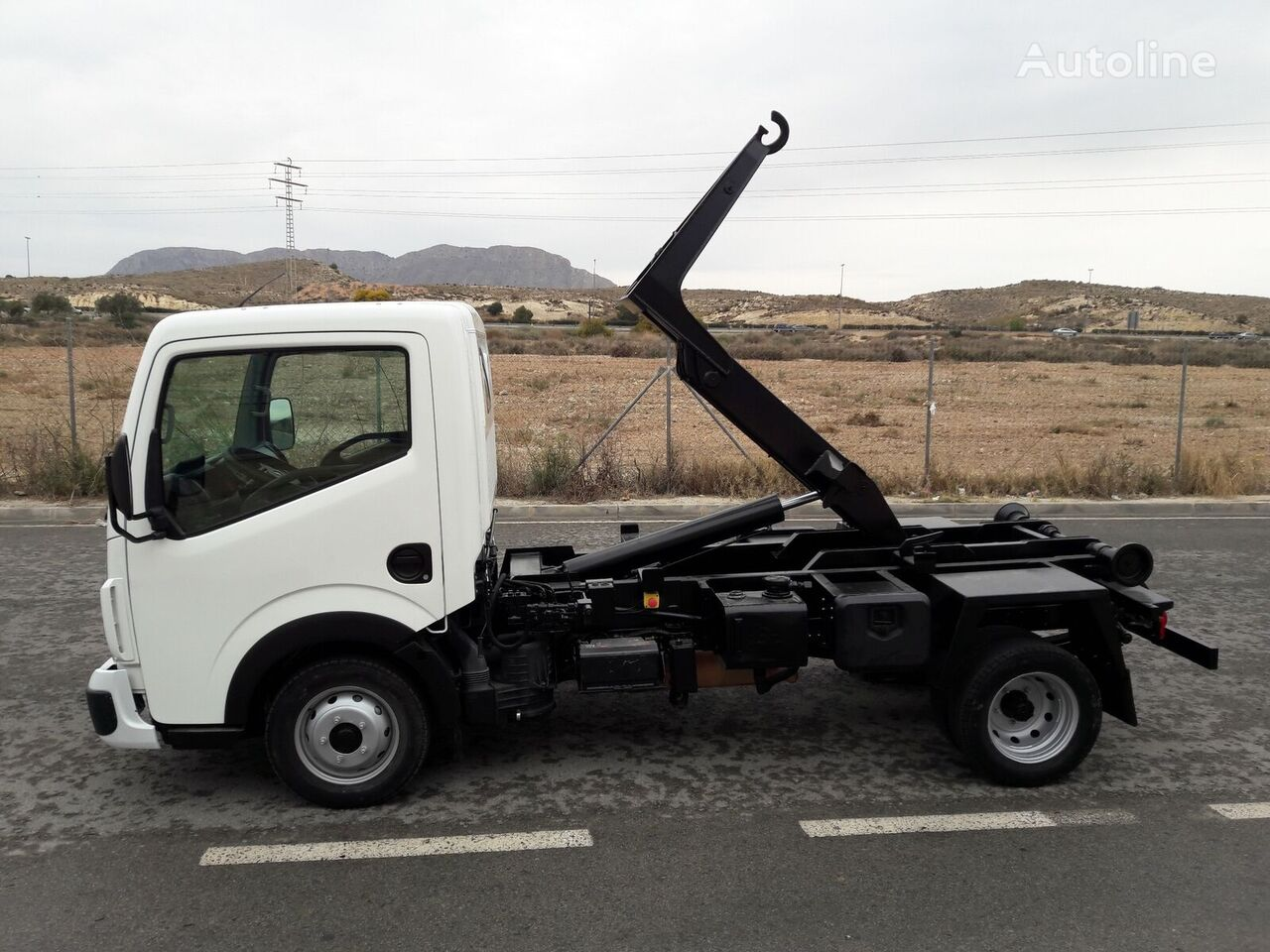 RENAULT MAXITY EQUIPO MULTILIFT kamion rol kiper