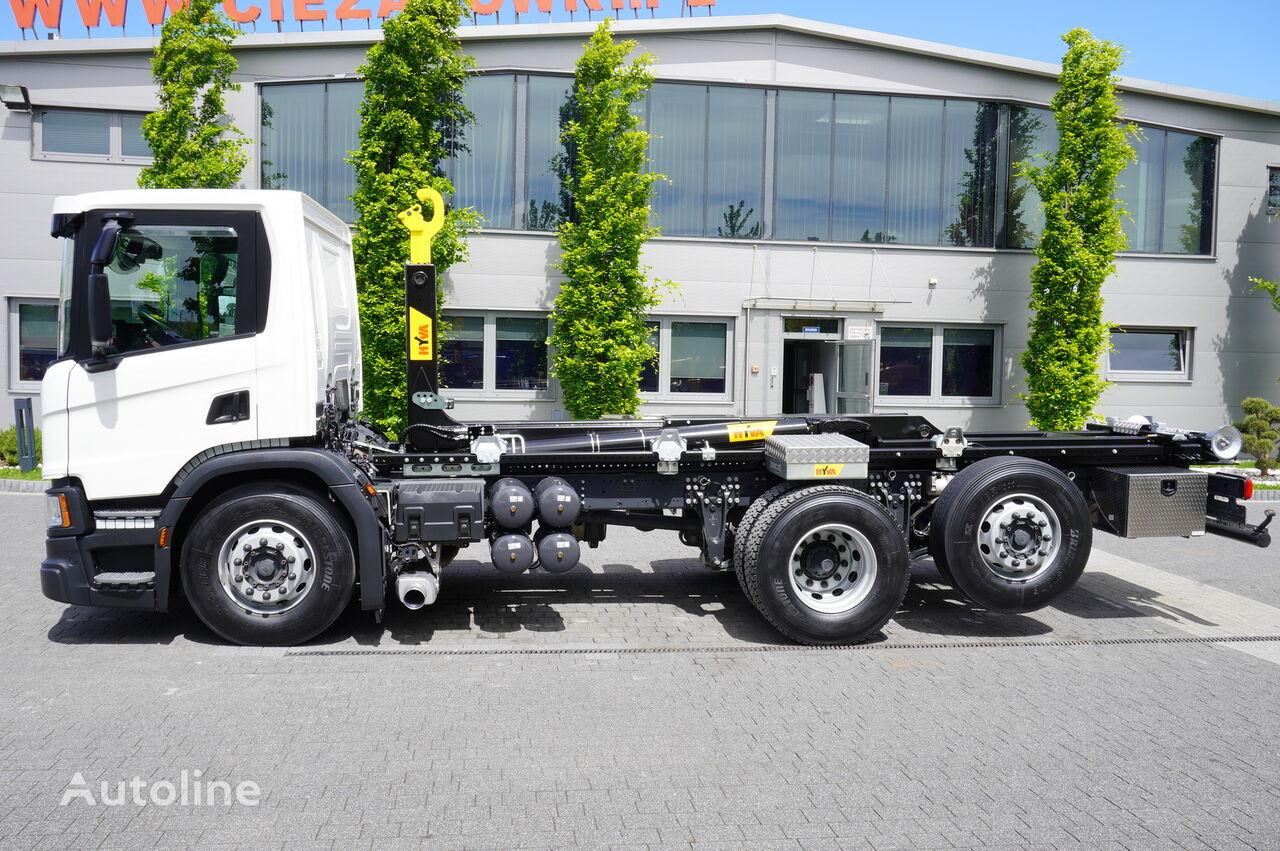 SCANIA P410 , E6 , 6X2 , 60k km , NEW HOOK 20T , steer / lift axle , Lo kamion rol kiper