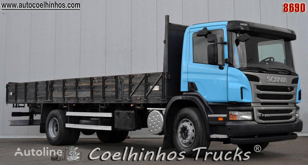 SCANIA P 280 kamion s ravnom platformom