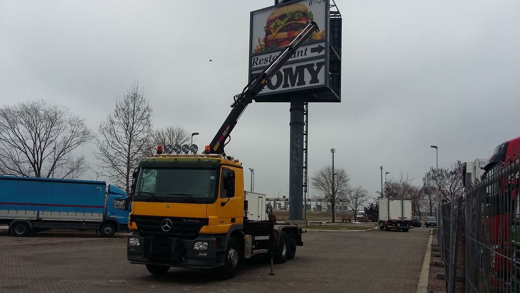 MERCEDES-BENZ 2532 ACTROS HIAB 085/ ABROL/ NL BREIF kamion sa kukom za podizanje tereta