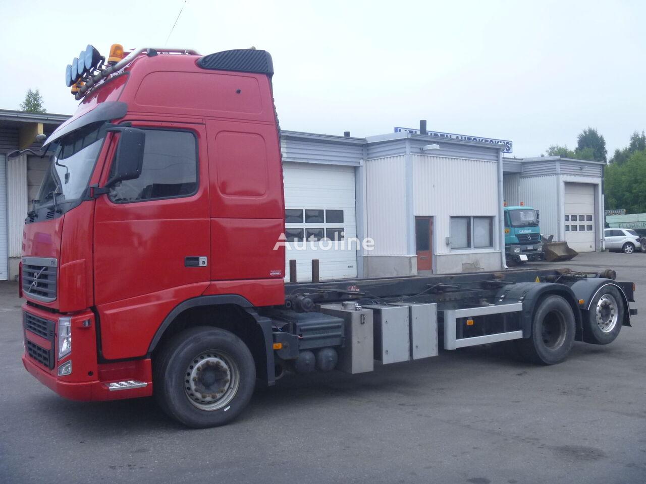 VOLVO FH13 kamion sa kukom za podizanje tereta