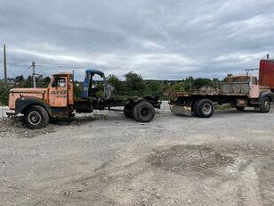 SCANIA 110/ (2 pièce ) kamion šasija