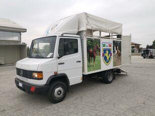MERCEDES-BENZ 609 TRASPORTO CAVALLI kamion za prevoz konja