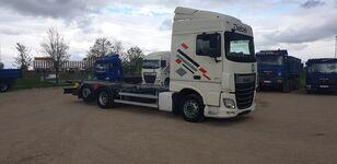 DAF XF 106  vozilo za prijevoz kontejnera