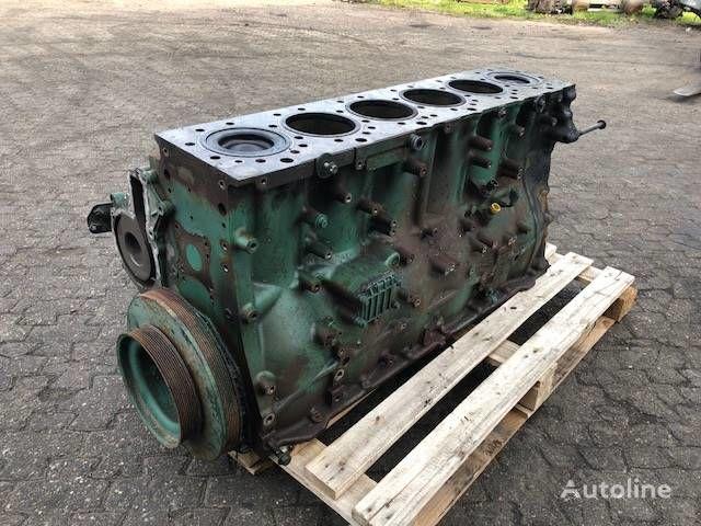 VOLVO D13C / 540 HK BLOK COMPLETE 21718835 / 22497988 blok cilindara za tegljača