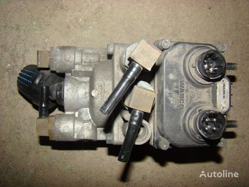 DAF 105XF EURO 5, 1455027, foot brake valve 1455027, 1455027, 193512 kran za DAF 105XF tegljača