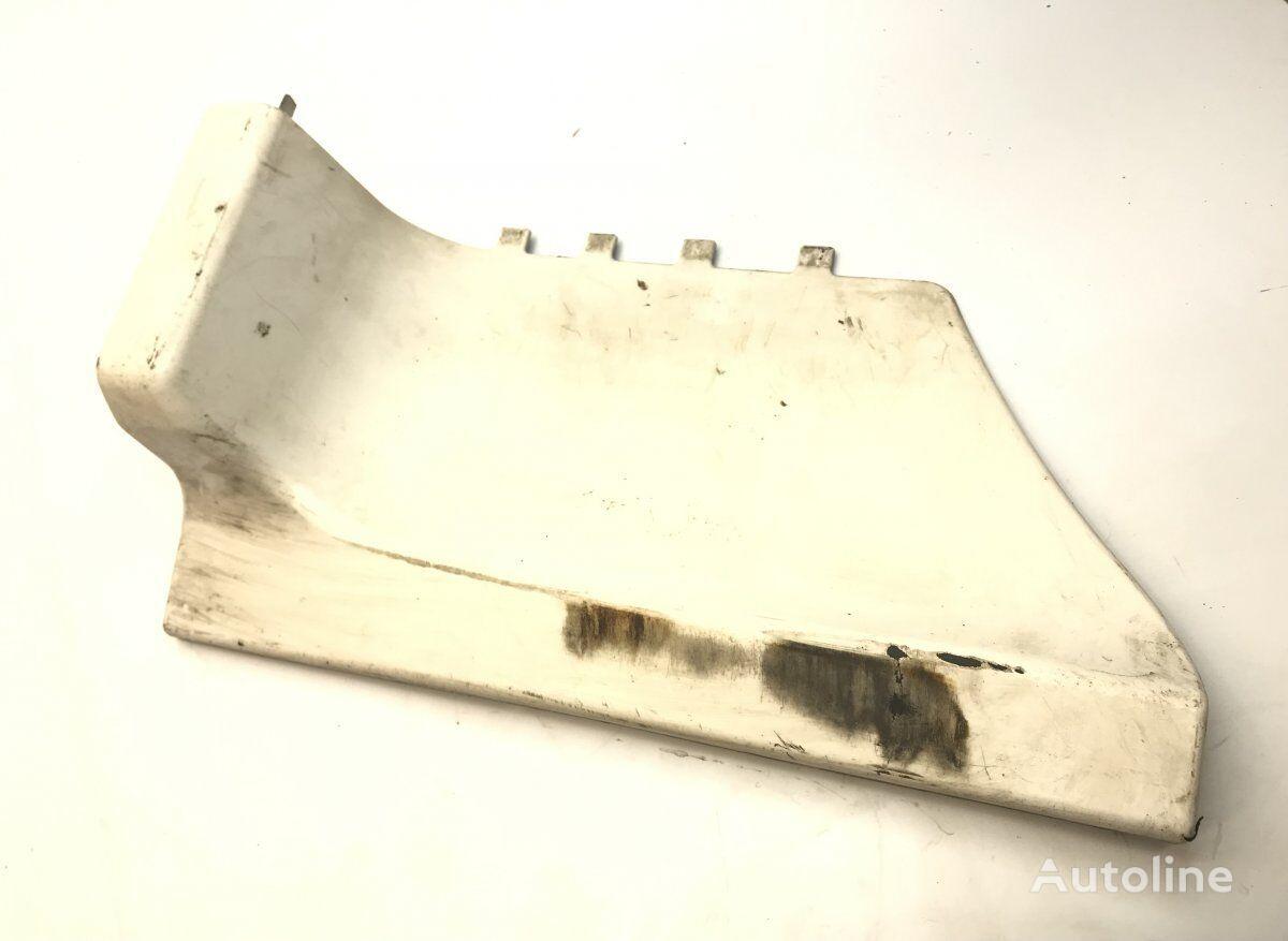 SCANIA Step Plate Plastic Body, Large Right oblaganje za SCANIA 4-series 94/114/124/144/164 (1995-2004) tegljača